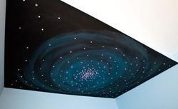 Sufit jak niebo w pokoju dziecka. Zobacz, jak je zrobić za pomocą diod LED-owych