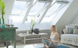 Sposoby na doświetlenie poddasza. Jakie okna dachowe wybrać?