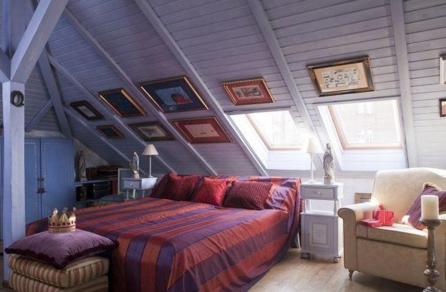 Zasady urządzania sypialni na poddaszu i nie tylko. Pokoje dla dorosłych i dla dzieci