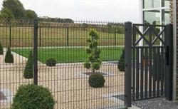 Ogrodzenie drewniane, betonowe i plastikowe. Gotowe płoty i parkany