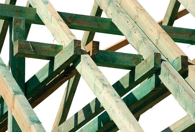 Więźba dachowa z drewna impregnowanego