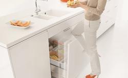 Ergonomia w kuchni, czyli jak wykorzystać przestrzeń pod zlewem