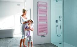 Chcesz mieć prysznic z płytek? Zobacz co powinieneś wiedzieć przed budową prysznica bez brodzika