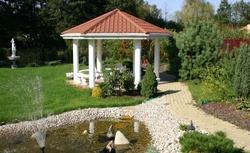 Jak założyć ogród - właściwa kolejność prac ogrodowych