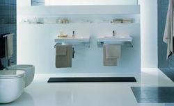 Jak z głową urządzić dużą łazienkę, nie będąc architektem wnętrz?