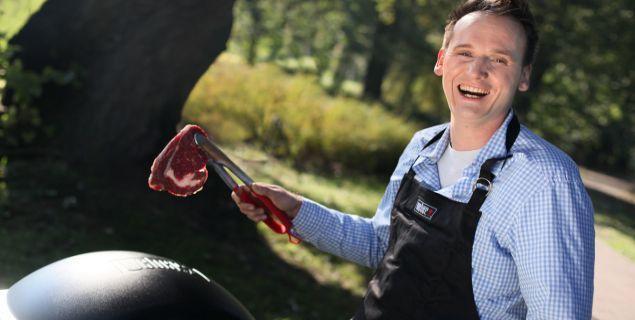 Pascal Brodnicki poleca: Grillowane steki wołowe z niebieskim sosem