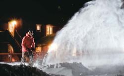 Jak walczyć ze śniegiem w ogrodzie: narzędzia i urządzenia do odśnieżania - przegląd sprzętu do odśnieżania